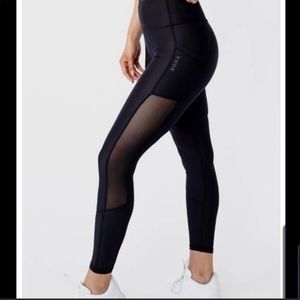 Kora / Acta Mesh leggings